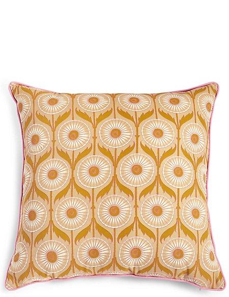 Daisy Geometric Cushion