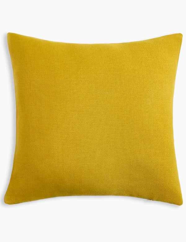 Cushions   Throws  b7c8a1f1c