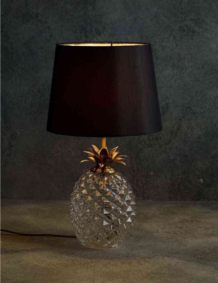 Puerto table lamp