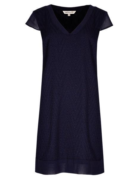 Zig Zag Textured Shift Dress