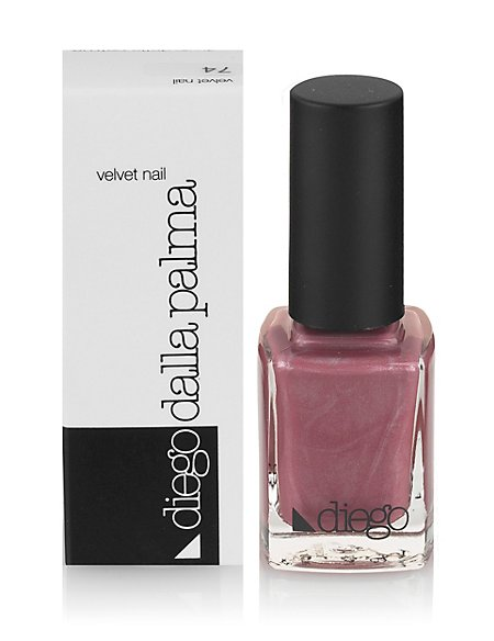 Velvet Nail Varnish
