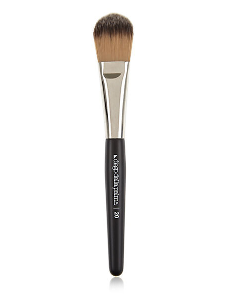 Foundation & Primer Brush