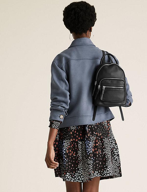 Mini-Rucksack aus Kunstleder