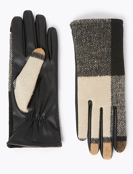 Checked Gloves