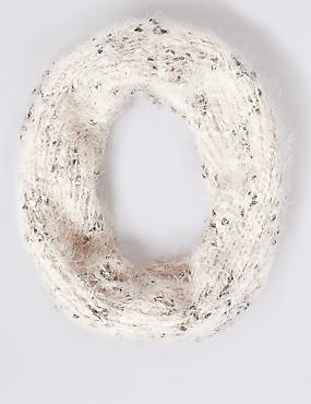Textured Snood Scarf