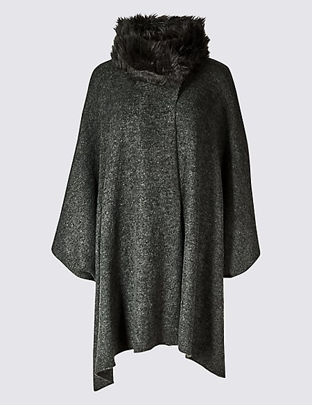 Faux Fur Collar Knitted Wrap