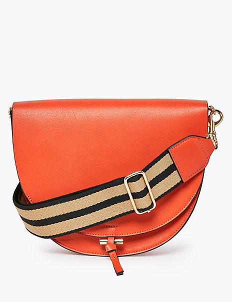 Smart Saddle Crossbody Bag