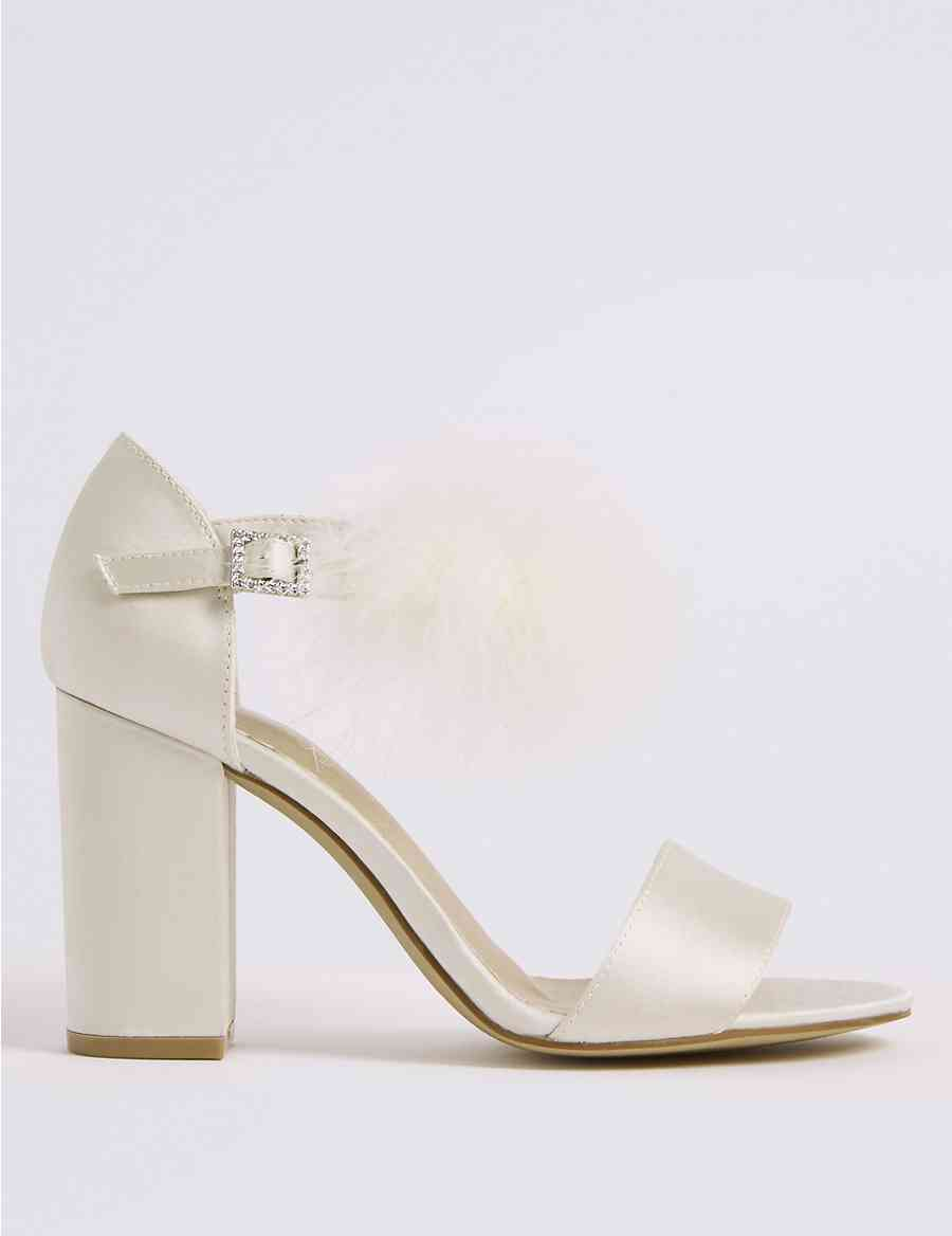 e33f763022be Block Heel Faux Fur Ankle Strap Sandals