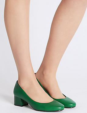 Wide Fit Block Heel Court Shoes, GREEN, catlanding
