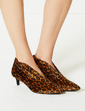 Wide Fit Kitten Heel V-Cut Shoe Boots