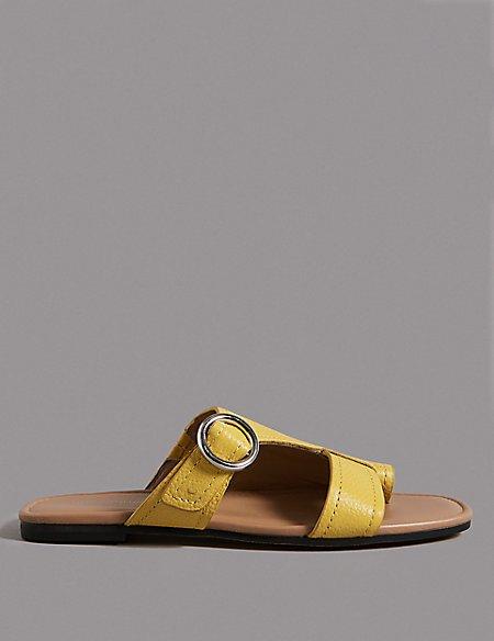 Leather Toe Loop Ring Mule Sandals