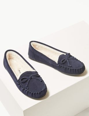 flat shoes develop 61 sepatu slip on multiwarna . Source · Suede Moccasin .