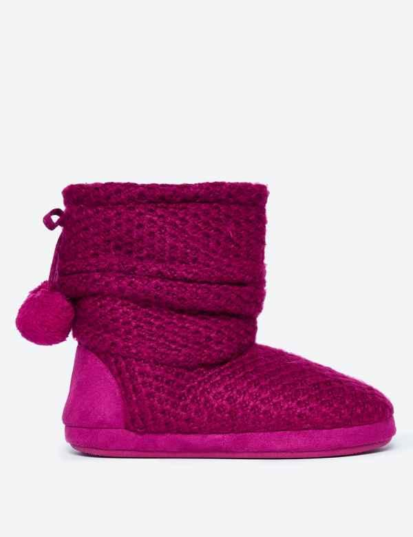 4278c7df0 Snuggle Slipper Boots
