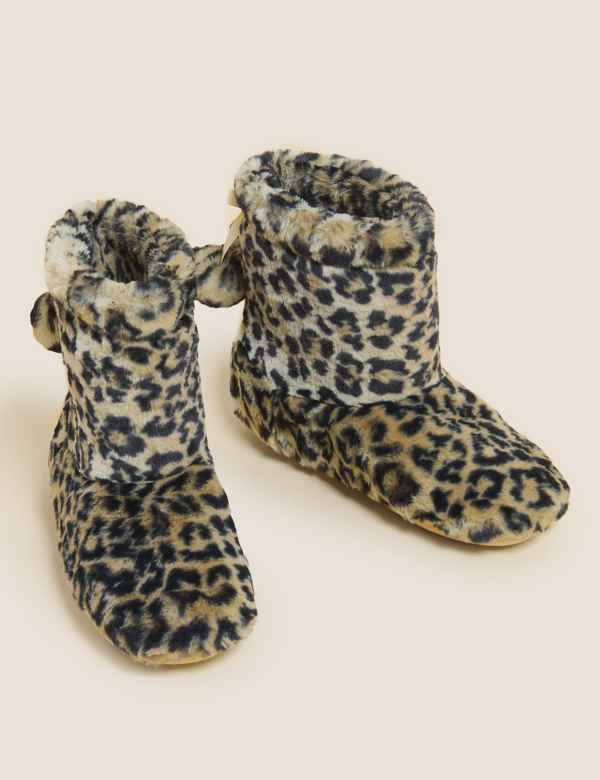 434f0bdb9de Womens Slippers | M&S