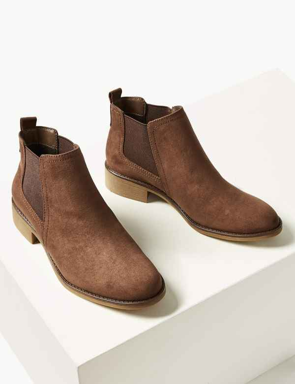 8a551cd0eac38 Chelsea Ankle Boots