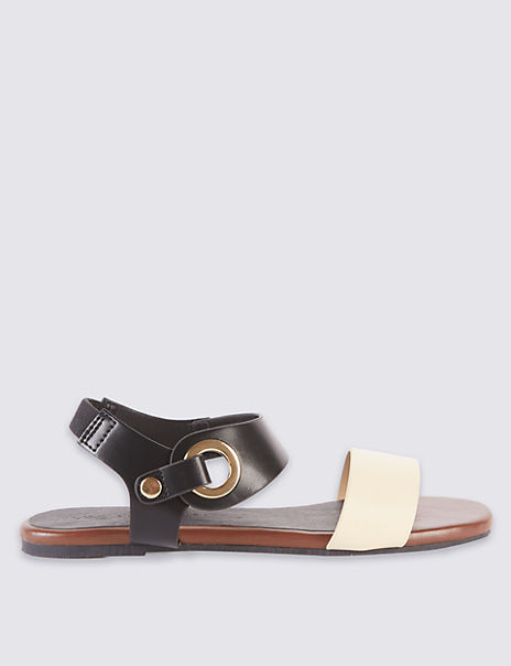 Block Heel Ring Detail Sandals