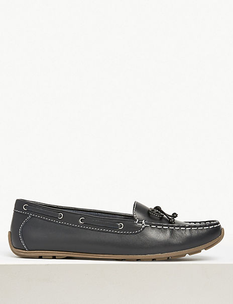 Leather Bow Detail Boat Shoes