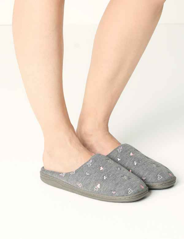 405581e970c42c Heart Mule Slippers. M S Collection