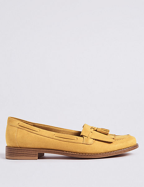 Round Toe Tassel Loafers