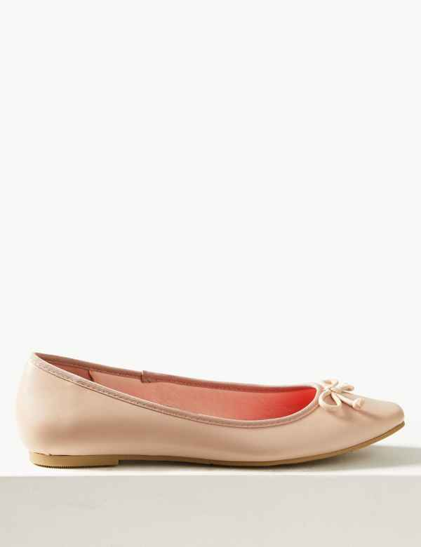 2655f3dd82a Bow Ballerina Pumps