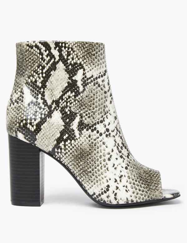 04076b8c50e High heel | Women's Shoes & Boots | M&S