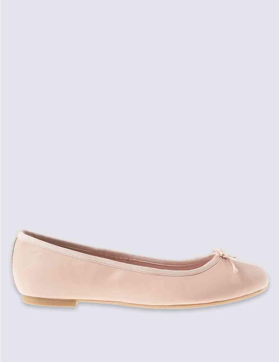 0bc9b11fdae Leather Ballerina Pump Shoes
