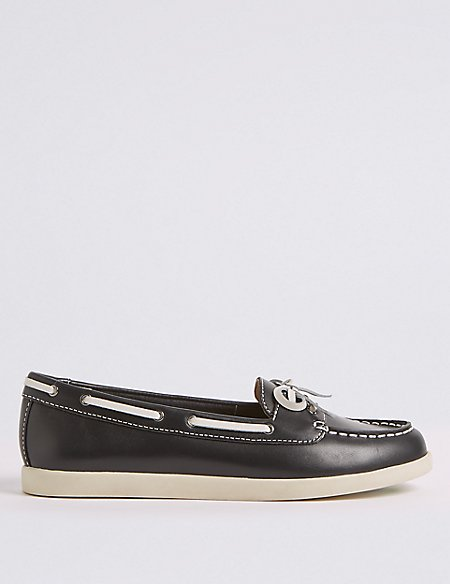 Leather Boat Shoes with Insolia Flex®