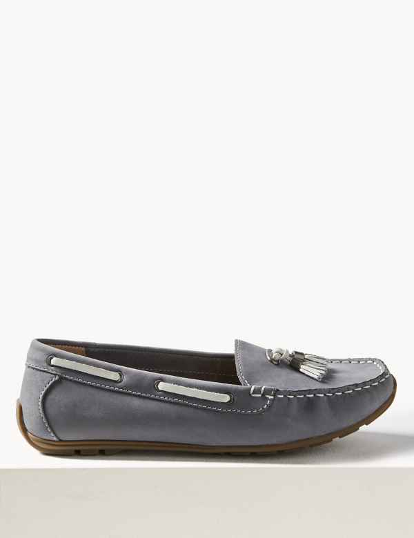 12b2c734562 Wide Fit Leather Tassel Boat Shoes