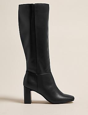 Kniehohe Stiefel mit eckiger Spitze und Blockabsatz