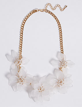 Cloudy Flower Necklace