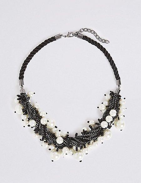 Megan Pearl Necklace