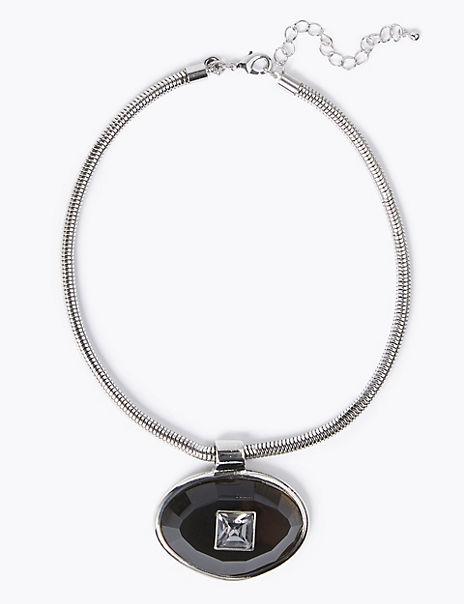 Gem Pendant Short Necklace