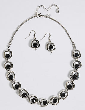 Trapped Bred Shape Necklace & Earring Set