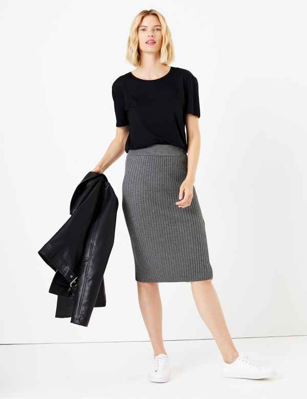 3a4244636 Knitted Pencil Midi Skirt