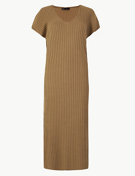 Ribbed V-Neck Knitted Dress