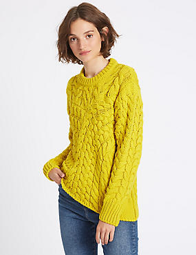 Cable Knit Round Neck Jumper