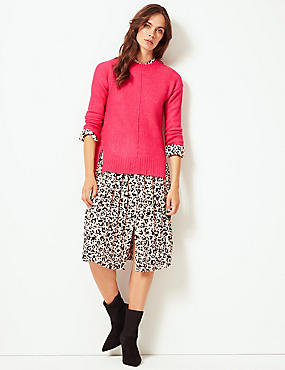 Relaxed Supersoft Round Neck Jumper , CERISE, catlanding