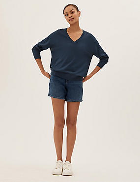 Pure Merino Wool V-Neck Long Sleeve Jumper, MEDIUM NAVY, catlanding