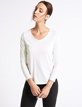 Scoop Neck 3/4 Sleeve T-Shirt