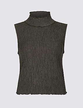 Textured Funnel Neck Sheel Top
