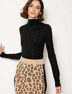 Funnel Neck Long Sleeve Cropped T-Shirt