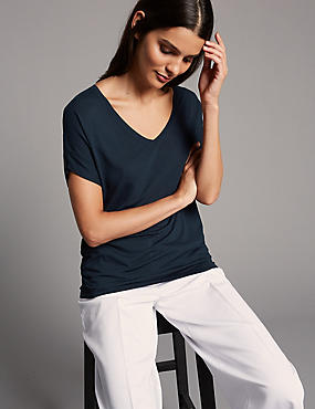 V-Neck Short Sleeve T-Shirt with Silk
