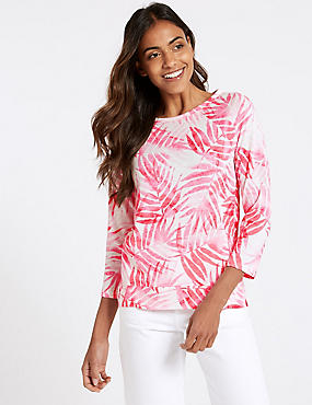 Printed Round Neck Raglan 3/4 Sleeve Top