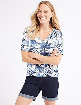 Printed Raglan V-Neck Short Sleeve Top
