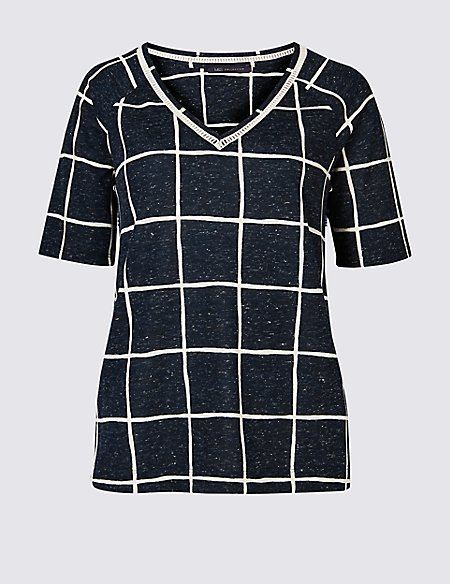 Checked Raglan V-Neck Short Sleeve Top