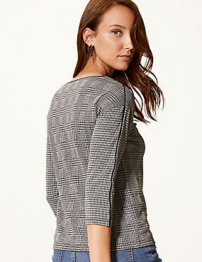 Checked Slash Neck 3/4 Sleeve Top