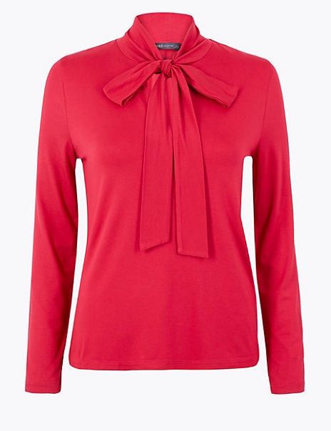 Fitted Bow Detail Top