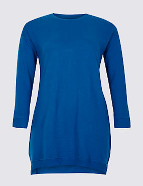 CURVE Round Neck 3/4 Sleeve Top