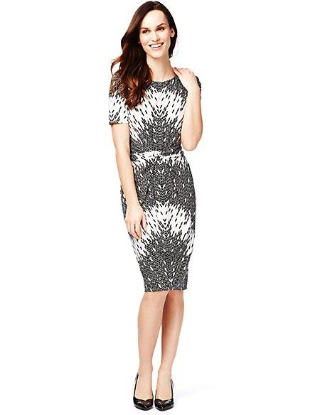 Drop a Dress Size Capsule Print Dress with Secret Support™