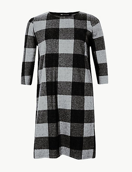 CURVE Checked 3/4 Sleeve Shift Dress